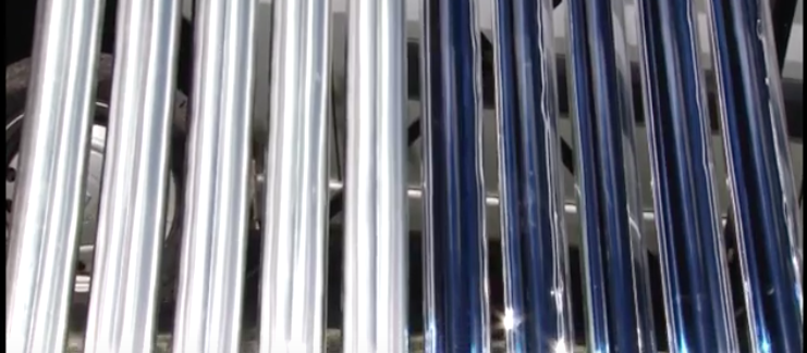 Csatlakoztassa a napenergiával működő vízmelegítőt